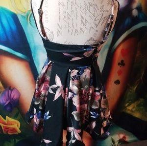 Windsor Dresses - Floral Dress